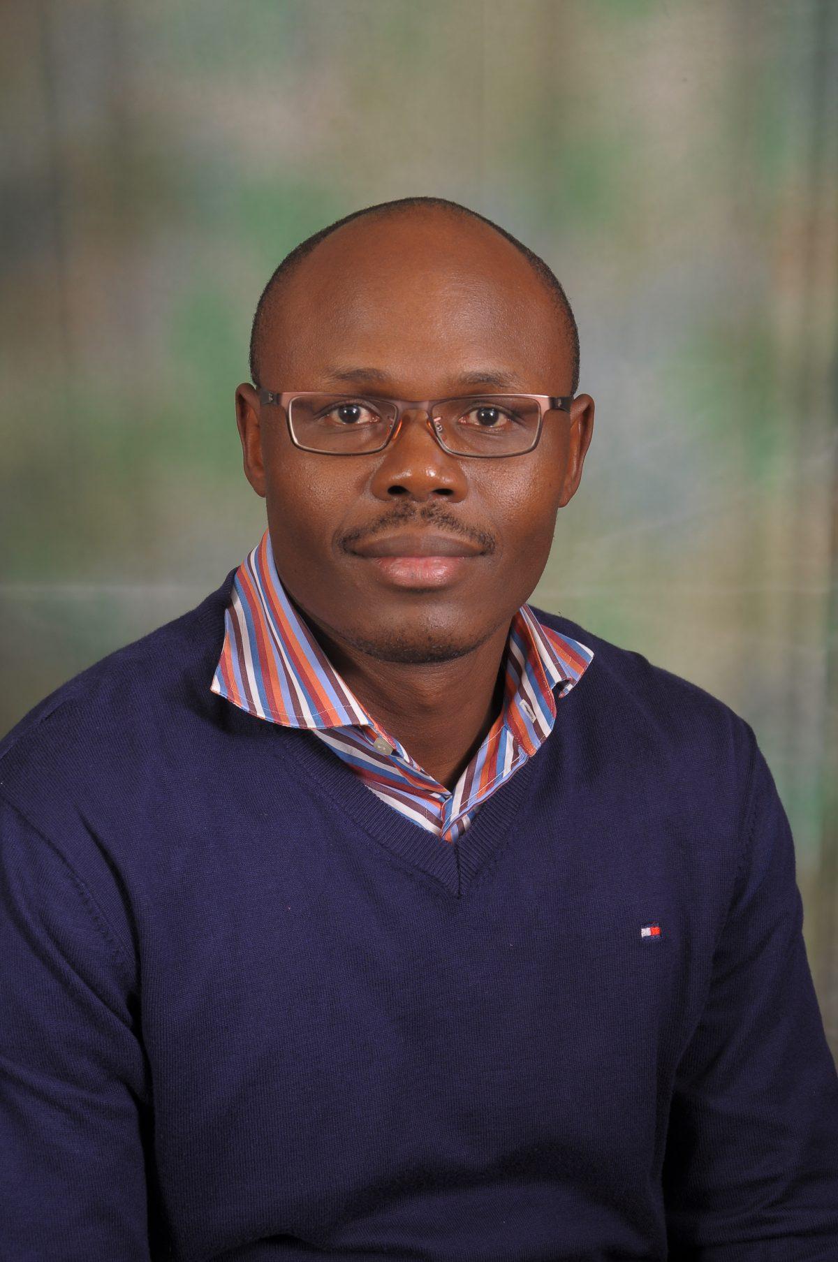 Moses Otsieno - Kenya
